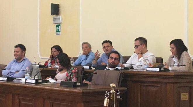 Dimissioni Salvati, la solidarietà di Sulmona al centro