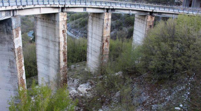 Viadotti A24 e A25, via alle verifiche