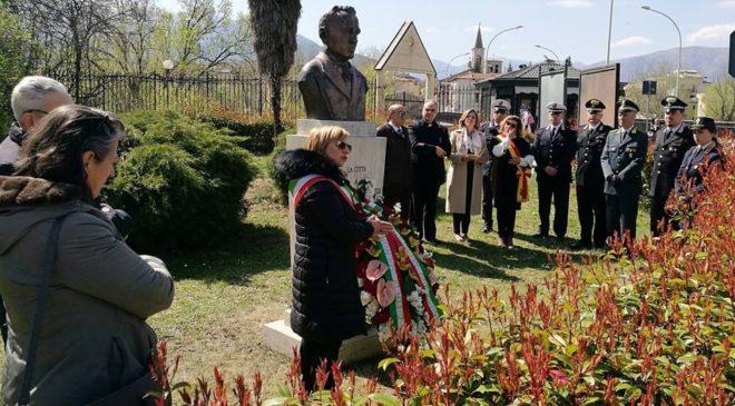 Torna il Premio Capograssi, l'annuncio davanti al busto nella cerimonia dei 130 anni dalla nascita